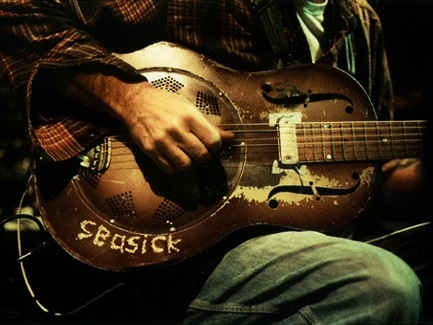 Final (For Now) Seasick Steve in Oakland - image 3 - student project