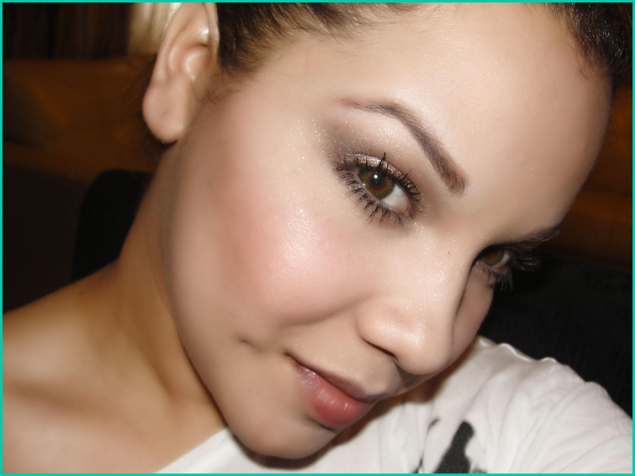 SUBTLY DAYTIME AND SULTRY NIGHTTIME EYE MAKE UP - image 2 - student project