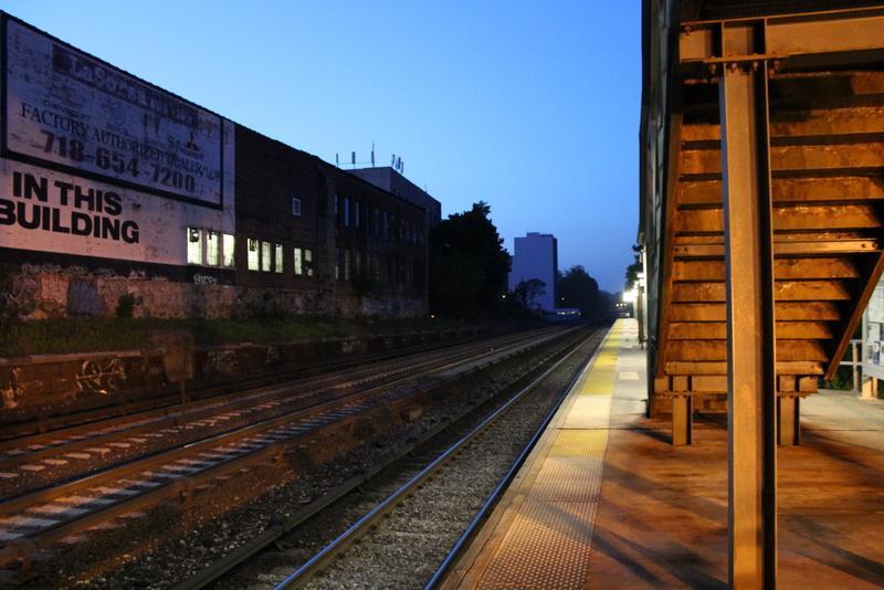 Week 1-3:  Rail scape (week 1) ;  Portraits & Random (week 2) ;  Happy people (week 3) - image 17 - student project