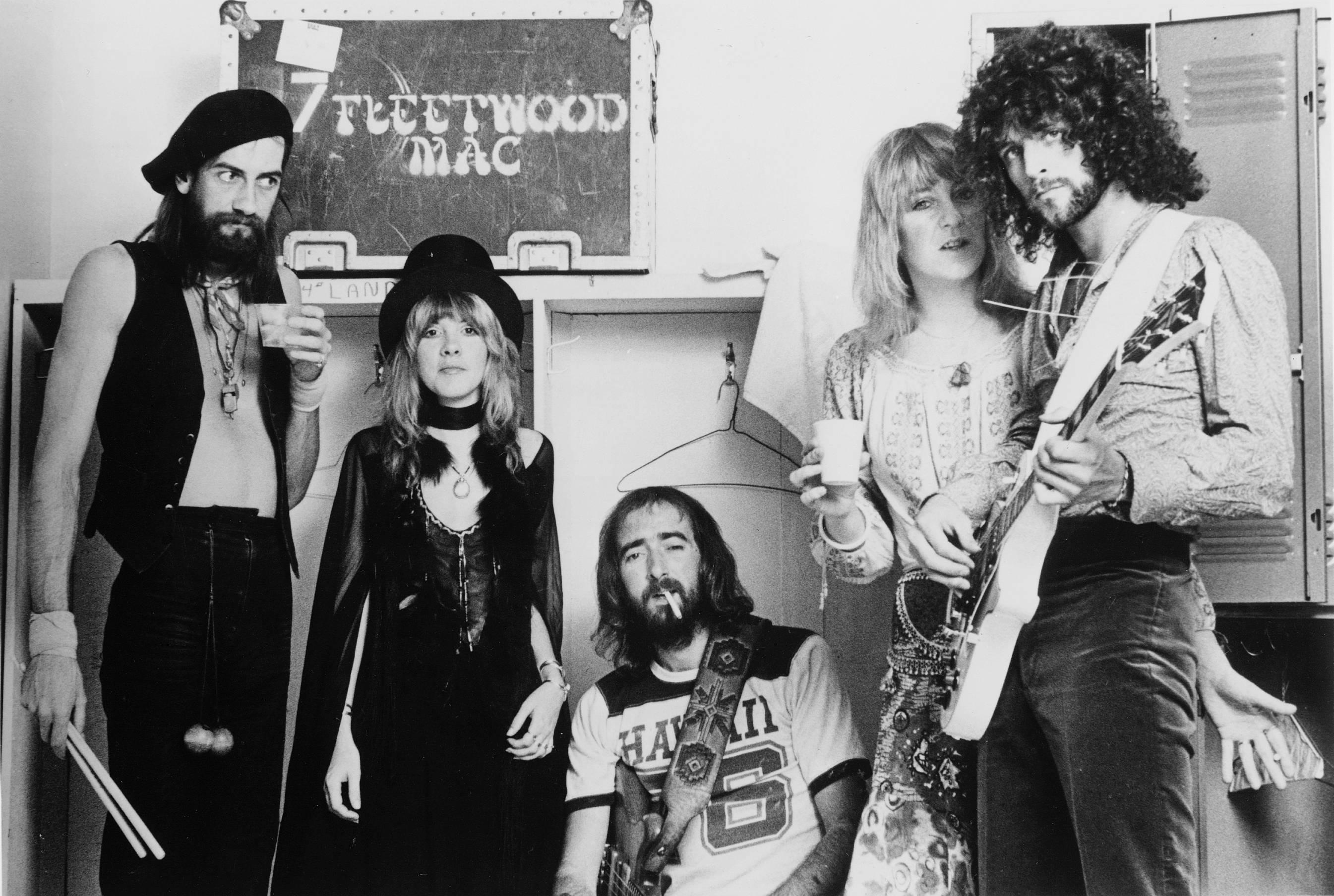 Fleetwood Mac Live 2013 Tour - image 3 - student project