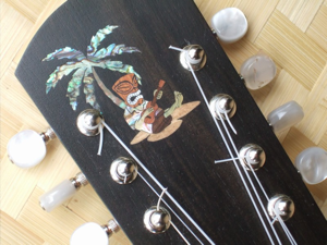 Custom peghead inlay