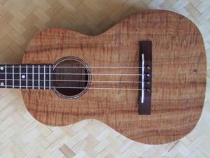 hawaiian custom ukulele, style C