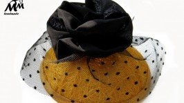 «Жовтий капелюшок»