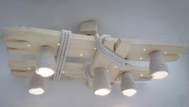 Деревянная люстра с светодиодными точками и плафонами из каната