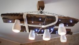 Деревянная люстра с светодиодными точками и плафонами из хлопка