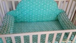 Комплект вдетскую кроватку