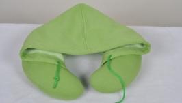 Подушка для подорожей зелена