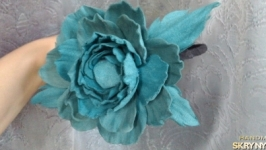 Ободок с розой, роза замшевая