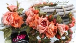 Комплект украшений из шелковых роз «Mon amour»