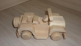 Джип Виллис - деревянная игрушка. Машина. Машинка