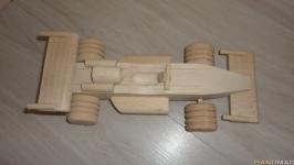 Гоночная машинка  - деревянная игрушка. Машина