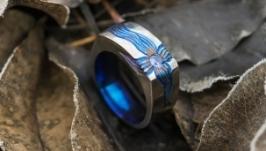 Титановое кольцо с натуральным синим сапфиром ′Квазар′