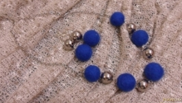 Валяні намисто та сережки ′Синє та сріблясте′
