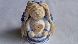 Ангелик у блакитній сукні