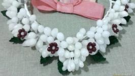 Вінок з восковиць з паперовими квітам і шовковими стрічками