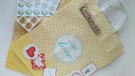 Подарочные пакеты with love