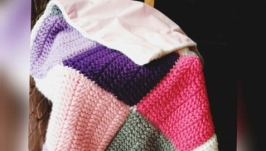 Вязаный лоскутный плед Pink Squares