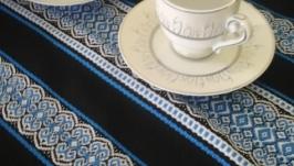 Вишукана скатертина в украінському стилі ′Пріма′
