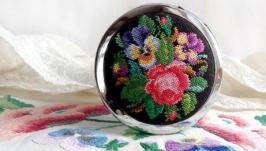 Зеркальце карманное с вышивкой ′Викторианский букет′
