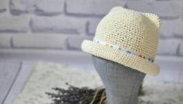 Шляпка с ушками из рафии