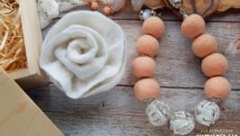 Подарунковий комплект намисто та брошка із шерсті