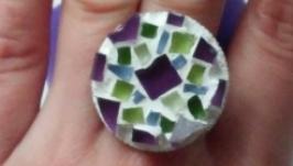 Кольцо с мозаичным мотивом