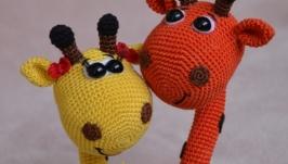 Вязаные игрушки крючком,амигуруми ′Влюбленная пара жирафиков′