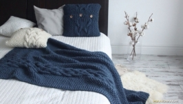 Комплект,вязаный спицами: Плед,наволочка (чехол),подушка.