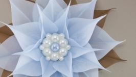 Брошь коричнево-голубая с цветком из ткани