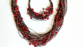 Комплект эко-украшений из натуральных льняных нитей. Колье и браслет.