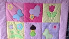 Одеялко для малышки с аппликацией.