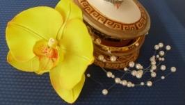 Шелковая орхидея