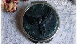 Зеркало карманное ′ Ворон′