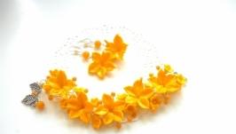 Желтые серьги и браслет медовые лилии