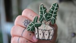 Брошь ′Кактус′ вышивка ручной работы  суккуленты  значки на одежду