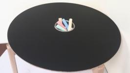 Стол для рисования мелом