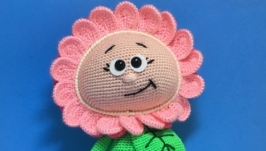 Бонни в костюме цветочка
