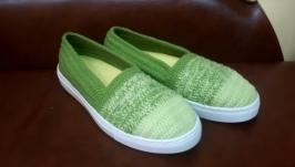 Вязаные слипоны ′Мохито′, тапочки, вязаная обувь на заказ