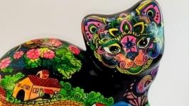 Кошка Алиса в Японии статуэтка.