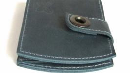 Небольшой,компактный кошелек из натуральной кожи ручной работы.