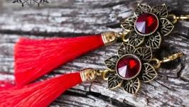 Сережки червоні китиці з кристалами у позолоті