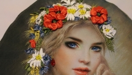 Картина лентами «Девушка с венком».