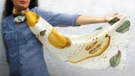 Шелковый шарф-батик Груши