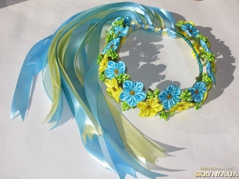 Прически на короткий волос с цветами своими руками