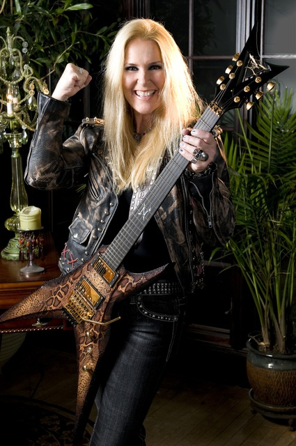 Lita Ford Signs with SPV Records, Reveals Upcoming Album Title