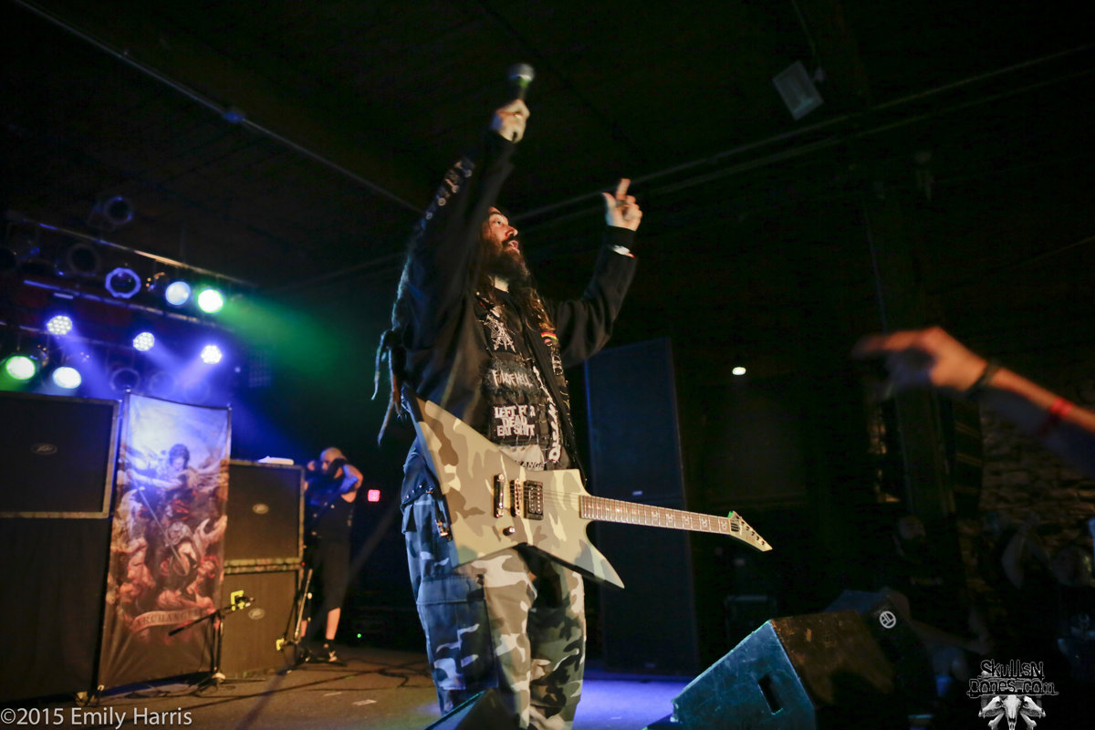 Soulfly 23