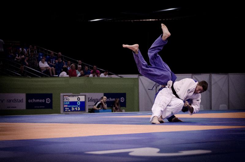 De basis van fotografie - snelle sluitertijd, judo