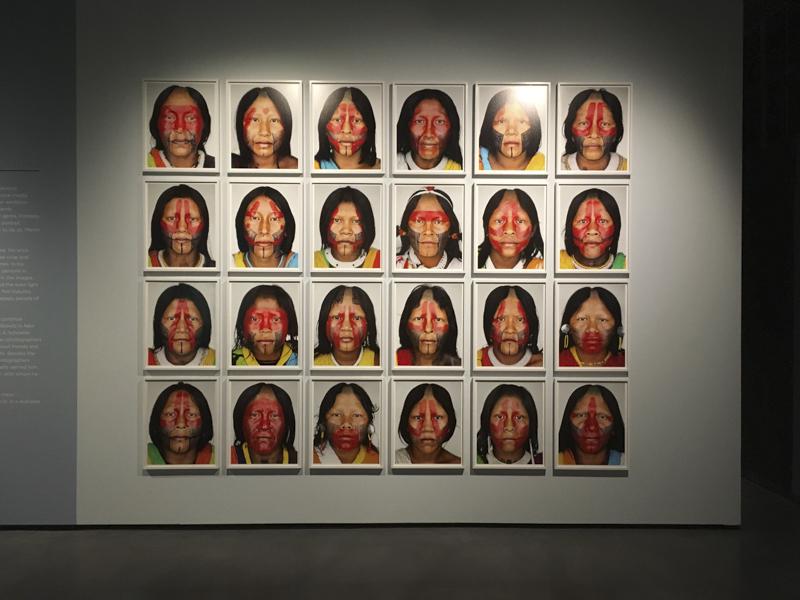 Typologische Fotografie - Martin Schoeller Kayapo