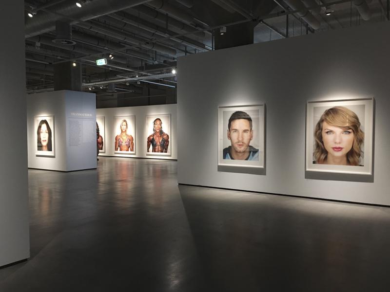 Typologische Fotografie - Martin Schoeller Big Heads