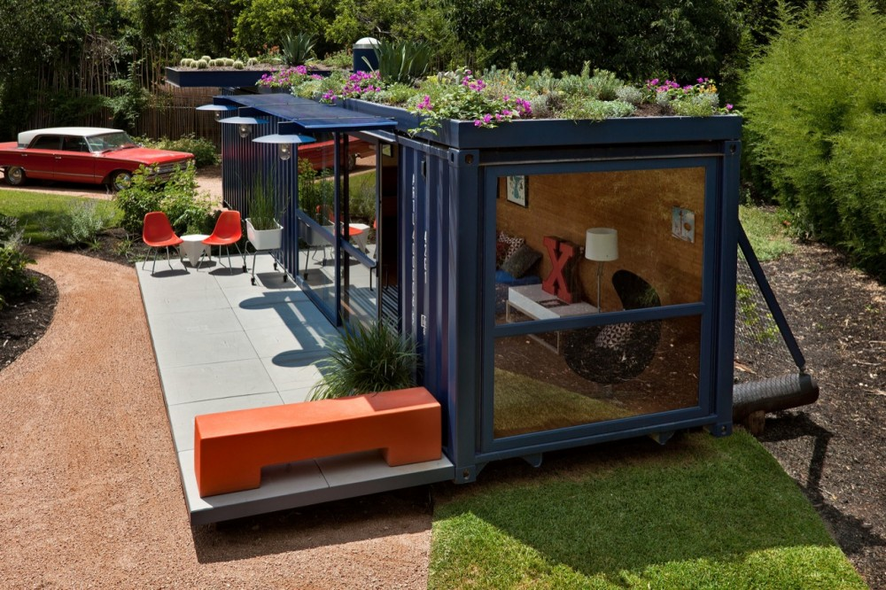 Container guest house.jpg